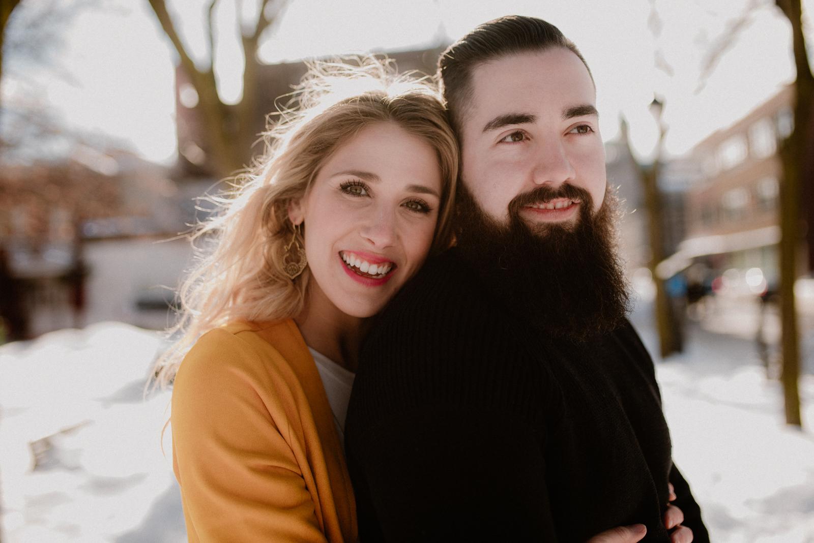 engagement-session-plateau-montreal-couple-marionbrunelphotographie-9
